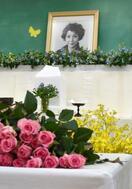 歌手で俳優の宮城まり子さん悼む