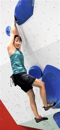 成年女子6位で突破 巻き返し誓う ボルダリング 福井国体山岳