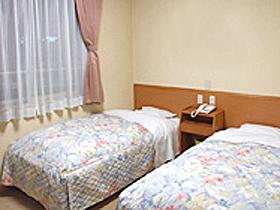 JR福井駅から徒歩1分。ビジネス、観光に最適な立地のホテル