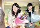 横澤夏子さん笑顔でクランクアップ