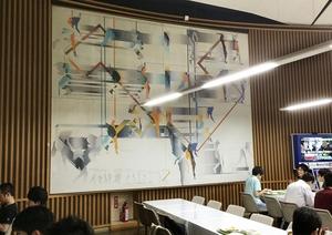 東京大学生協の中央食堂に展示されていた故宇佐美圭司さんの作品「きずな」(大学関係者提供)