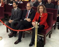 12日、マドリードのスペイン最高裁の法廷に着席した同国北東部カタルーニャ州閣僚ら(ロイター=共同)