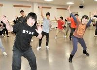 国体開会式で自信「みなぶた」 県外団体と初共演 14日、障害有無超え手話ダンス
