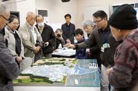 地元住民、福島第1原発を視察