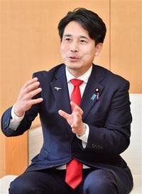 新幹線国費増へ決意 滝波参院議員が来社