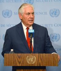 米国務長官、無条件対話を撤回