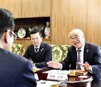 リトアニア訪問企業が帰国報告 命のビザ縁、敦賀市長に