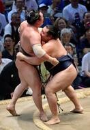 鶴竜14勝1敗、6度目優勝