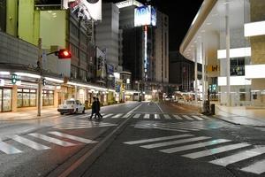 閑散とする石川県金沢市の繁華街=4月13日