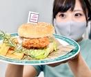 食欲そそる敦賀真鯛のハンバーガー