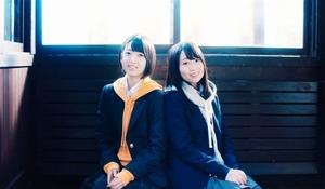 多田京加さん(左)と松田祐実さんが出演するミュージックビデオ。全シーンが福井県内で撮影された(C)You,Be Cool!/KING RECORDS