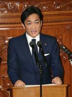 衆院本会議で質問する玉木雄一郎氏(国民)