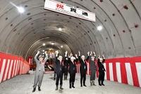 北陸新幹線、福井と石川つながる