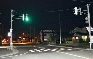中学生2人がはねられた交差点=10月16日午後8時45分ごろ、福井県福井市栗森町