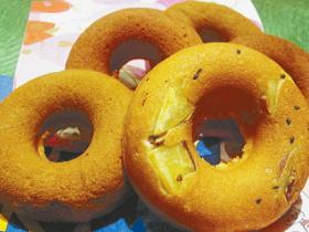 話題の「焼きドーナツ」!ふんわりサクサクの食感に感激!