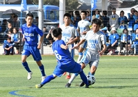 高校サッカー決勝懸け4強が激突